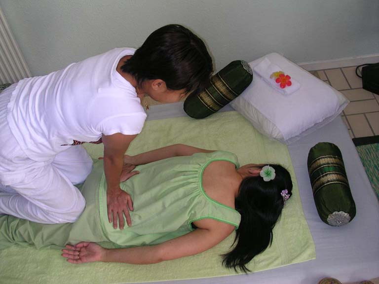 gratis chatta jinda thai massage